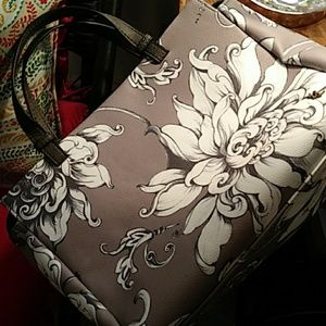 Elliott Lucca Feya Wildflower vegan NWOT